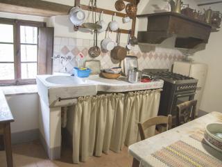 Cozy 2 bedroom Penthouse in San Romano in Garfagnana - San Romano in Garfagnana vacation rentals