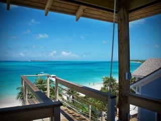 15 minutes to Paradise.. As seen on HGTV! - Nassau vacation rentals