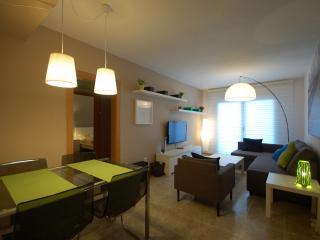 NEW FLAT BEACHFRONT / CASTELLDEFELS - Castelldefels vacation rentals