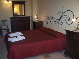 CASA MANZELLA.camera quadrupla con colazione - Terrasini vacation rentals