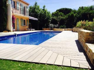 Villa 8/9 pers, grande piscine, proche mer - Roquebrune-sur-Argens vacation rentals