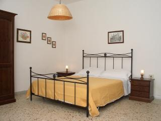 1 bedroom Condo with Internet Access in Misterbianco - Misterbianco vacation rentals