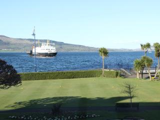 Rothesay Holiday Apartment with amazing sea views - Rothesay vacation rentals