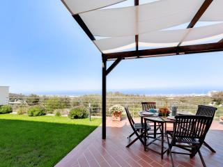 Beautiful 2 bedroom Condo in Sicily with Internet Access - Sicily vacation rentals