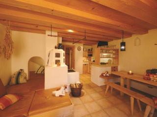 Hagerhof Fewo 4 Getreidekasten - Eggstaett vacation rentals