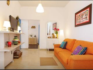 Costa da Caparica Beach House -Barefoot Cova Vapor - Costa da Caparica vacation rentals