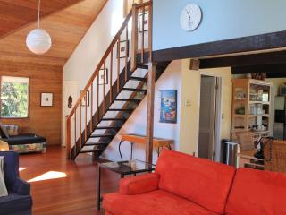 Seaside Haven (1 blk to beach, Hot tub, Wifi, Pet), Kid Friendly - Santa Cruz vacation rentals