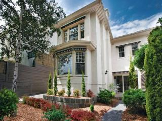 Toorak Townhouse 3B - 6p - Melbourne vacation rentals