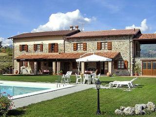 La Fenice - Castelnuovo di Garfagnana vacation rentals