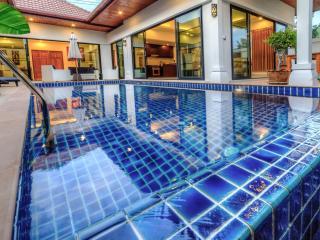 2 Bedrooms Grand Pool Villa in Rawai - Rawai vacation rentals