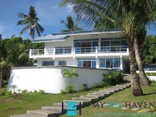 3 bedroom villa in Tali Beach, Batangas - BAT0006 - Nasugbu vacation rentals