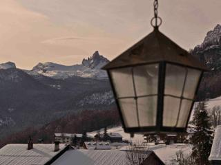 Right On the Tofana slopes Apartments Sergio - Cortina D'Ampezzo vacation rentals