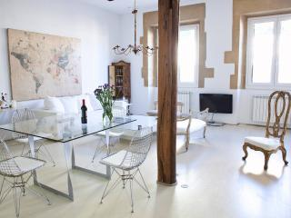 Romantic Condo with Internet Access and Television - San Sebastian - Donostia vacation rentals