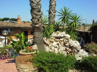 Appartamento Mimosa - Rome vacation rentals