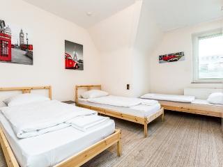 B7 Huge apartment in Bergisch Gladbach  Zentrum 2 - Bergisch Gladbach vacation rentals