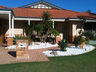 Iandra House - Carramar vacation rentals