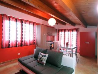 2 bedroom Condo with Internet Access in Santa Croce Camerina - Santa Croce Camerina vacation rentals