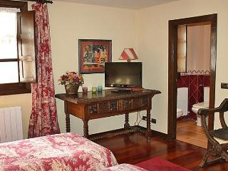 Comfortable House with Dishwasher and Short Breaks Allowed - Vizcaya vacation rentals