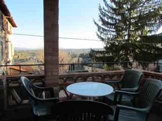Tuscan Feeling - Casa Ornella - San Gimignano vacation rentals