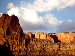 LV2 Near Zion and Bryce National Parks & Biking - Zion National Park vacation rentals