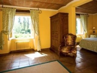 Cozy 1 bedroom Tagliolo Monferrato Condo with Internet Access - Tagliolo Monferrato vacation rentals
