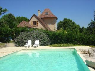 Gorgeous Villa with A/C and Satellite Or Cable TV - Loubressac vacation rentals