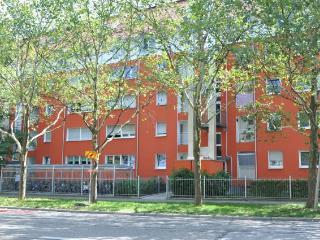 Vacation Apartment in Freiburg im Breisgau - 484 sqft, max 2 persons (# 7532) - Freiburg im Breisgau vacation rentals