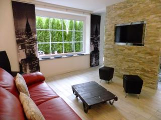 Comfortable 1 bedroom Starnberg Condo with Internet Access - Starnberg vacation rentals