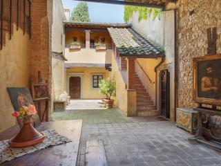 Villa Conventino dei Fiori - Chiantishire - Tavarnelle Val di Pesa vacation rentals