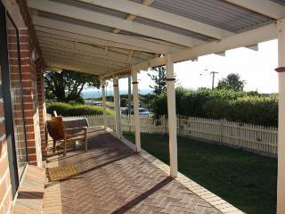 Englands Beachhouse - Australia vacation rentals