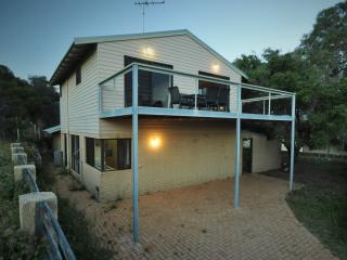 Moore Lookout - Australia vacation rentals