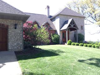 Affordable Luxury Mansion..Magnificent River Views - Quincy vacation rentals