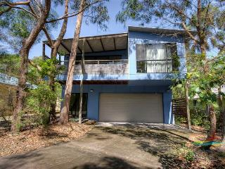 8 Belle Court - Rainbow Shores - Rainbow Beach vacation rentals