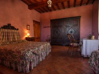 Romantic 1 bedroom Apartment in Colle di Val d'Elsa - Colle di Val d'Elsa vacation rentals