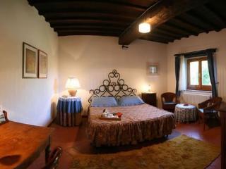 1 bedroom Apartment with Internet Access in Poggio alla Croce - Poggio alla Croce vacation rentals