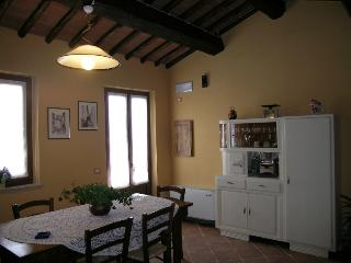 3 bedroom Cottage with Internet Access in Colle di Val d'Elsa - Colle di Val d'Elsa vacation rentals