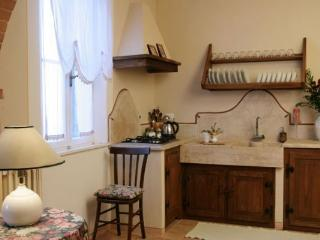 Cozy 3 bedroom Condo in Serre di Rapolano - Serre di Rapolano vacation rentals