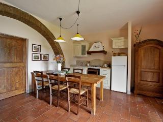 Apartment 203 - Serre di Rapolano vacation rentals