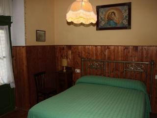 Bright 1 bedroom Condo in Colle di Val d'Elsa with Grill - Colle di Val d'Elsa vacation rentals