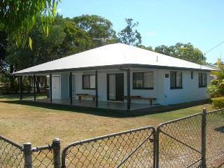 Wonderful 3 bedroom House in Rainbow Beach - Rainbow Beach vacation rentals