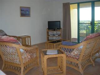 Nice 3 bedroom Apartment in Rainbow Beach - Rainbow Beach vacation rentals