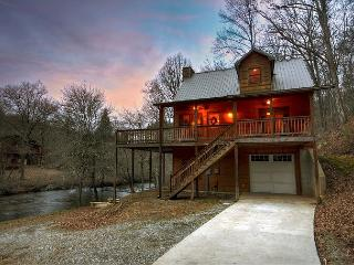 Waterfront at it's BEST!!!  3 BR, 2 BA cabin sitting directly on the Creek! - Blue Ridge vacation rentals
