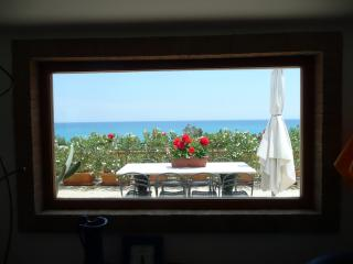Gorgeous Condo with A/C and Outdoor Dining Area - Santa Caterina dello Ionio vacation rentals
