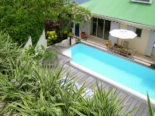 Hideaway blending contemporary with traditional Caribbean elegance WV CEC - Marigot vacation rentals