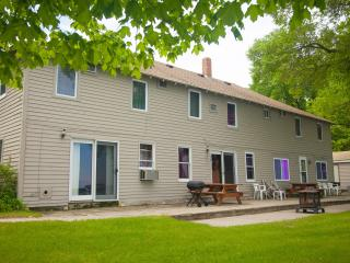 Minnesota lake vacation destination - Battle Lake vacation rentals