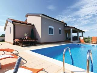 VILLA VALERI- beautiful villa with pool near Rovnj - Svetvincenat vacation rentals