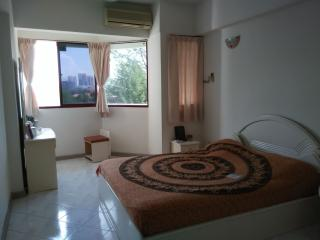 Private room with bathroom - Tanjung Tokong vacation rentals