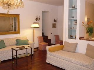Elegant apt in the most prestigious area of Naples - Naples vacation rentals