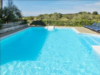 Flat with pool and sea view, near beach - Umag vacation rentals