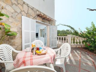 PERGOLA - Property for 4 people in Alcudia - Alcudia vacation rentals
